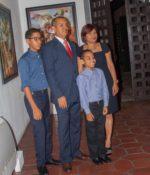 Osiris Gómez y su familia